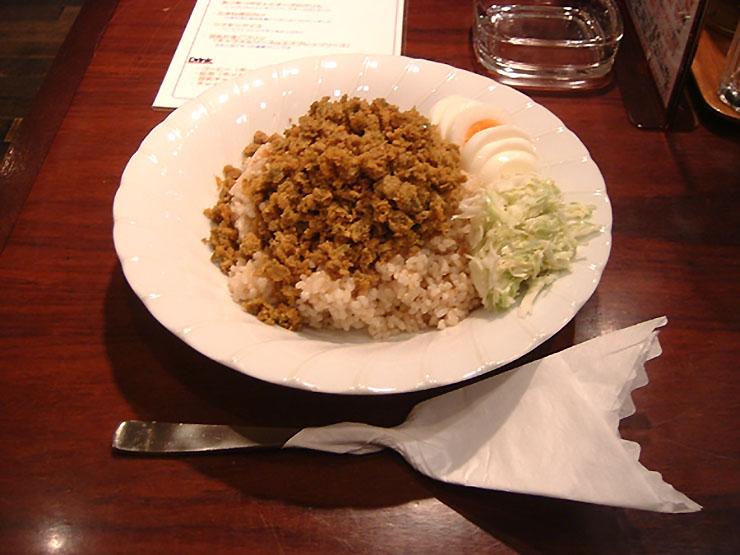 カチカチに凍ったカレーライスが食べられる『nagafuchi』に行く!!