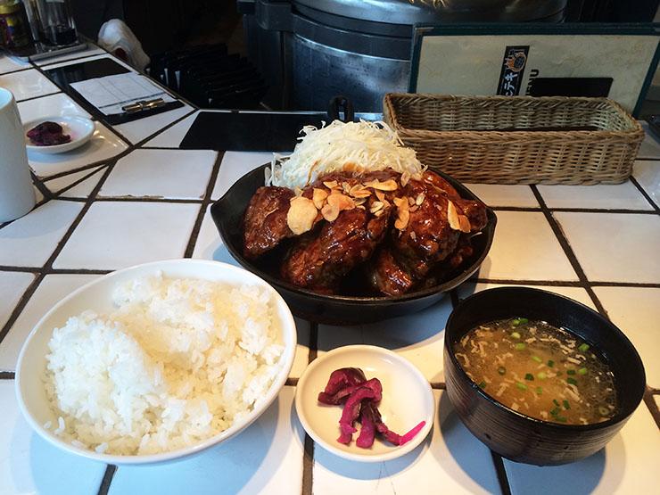 【渋谷グルメ】ランチタイムは大行列! 豚肉ステーキの『東京トンテキ』が大ブレイク中