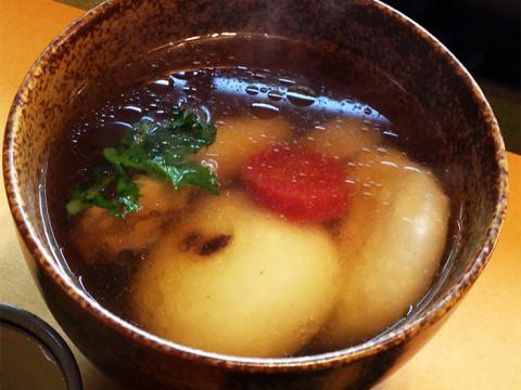 クラウドファンディングの資金調達で『日本全国のお雑煮パッケージ化』決定