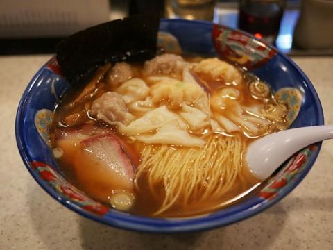 ラーメン好きが「日本でいちばん美味しい」と絶賛するワンタンメンの店 / たんたん亭