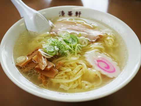 群馬県高崎市のラーメン屋『清華軒』が日本中から絶賛! 来店客「王道ラーメンを突き詰めた一杯」