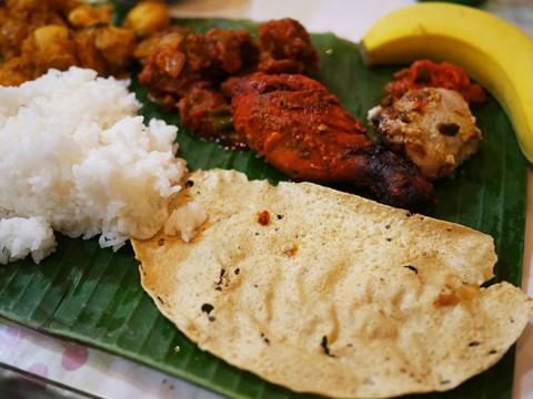 素手で食べる超本格インド料理が大人気! 生粋の南インド / 南印度ダイニング