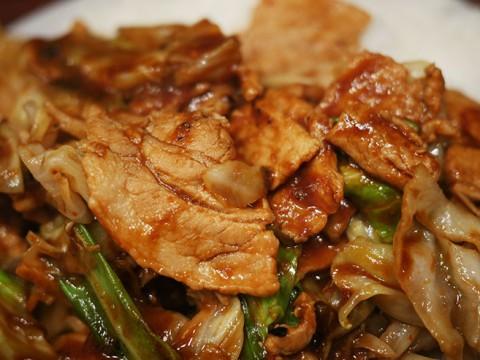 誰もが認めるB級グルメの王様 / ホイコーロー定食が美味しい『えぞ松 神楽坂店』