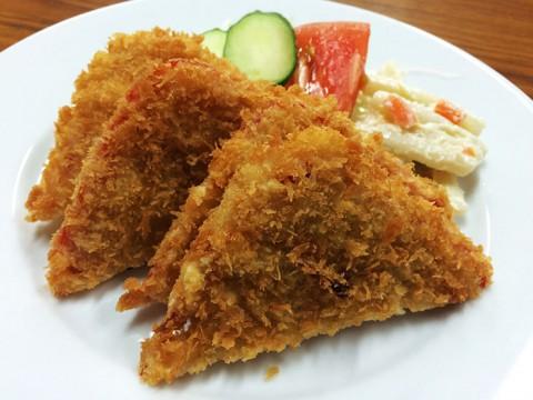 安倍総理が食べに行くほど美味しい「日本一のハムカツ定食」がある食堂 / 田中食堂