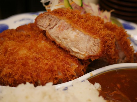 日本一とんかつが美味しい食堂の特上カツカレー / とんかつ檍のカレー屋いっぺこっぺ