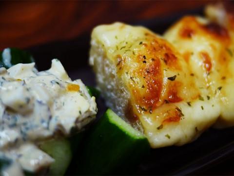 【孤独のグルメ シーズン5】東京都江東区三好のオニオンロールパンとサンマ燻製刺し / だるま