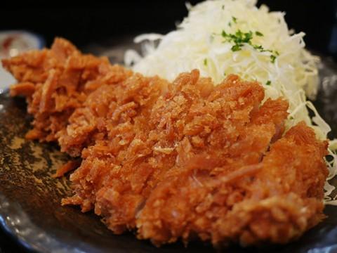 東京の美味しいトンカツ店ランキングベスト8 / 感動と肉汁を求めて