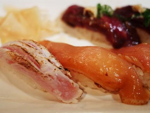 肉寿司を極めた職人が握る鶏肉の寿司 / 29寿司ロック