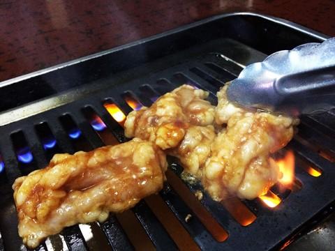 焼肉マニアが絶対に教えない豪快なホルモンが絶賛される下町の焼肉屋 / 平井のヤールジャン