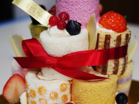 芸能界で「食べやすくて凄く美味しい」と大ブレイク / イリナのロールタワーケーキ