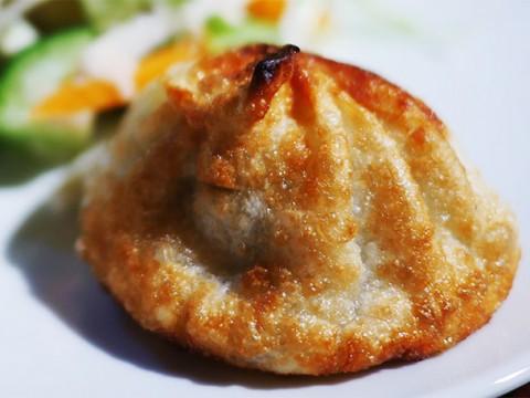東京で「チベットの味」を体験する / チベット料理専門店『タシデレ』のフライドビーフモモ