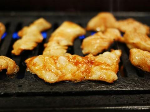 京都40年の歴史が生んだ「大衆焼肉店」のホルモン / 東京都台東区の『とみ苑』