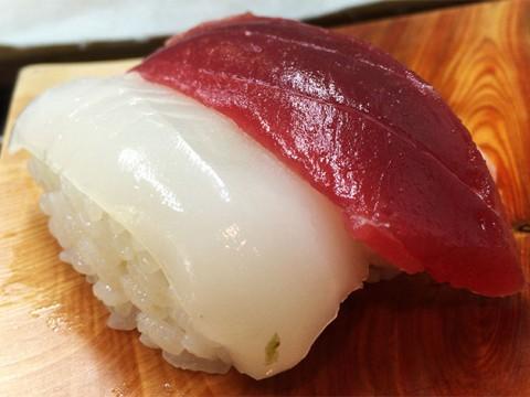 世界が絶賛する「すきやばし次郎」の寿司を1700円で食べる方法