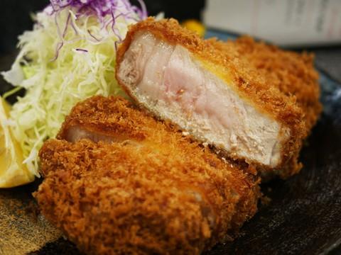 日本一美味しいとんかつ屋が都心部にオープン / 特ロースかつ定食を「とんかつ大門 檍」で食べる