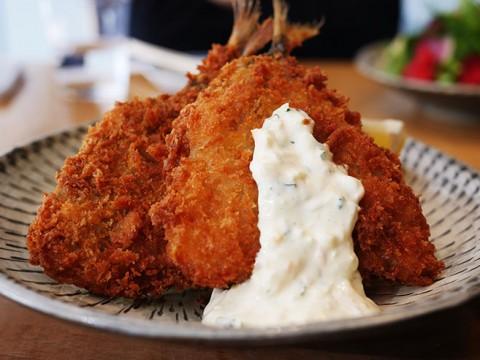 おそらく渋谷でいちばん美味しい「アジフライ定食」がそこにある / d47食堂