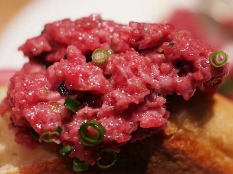 世界一美味しいと評価された肉屋のタルタル / ユーゴデノワイエ