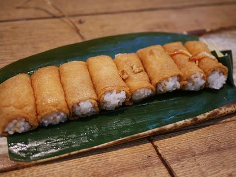 いなり寿司を極めた達人が作る日本最高峰のいなり寿司 / 呼きつね