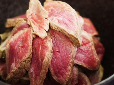 自分でローストビーフを焼いて食べる極上の逸品 / 美味すぎてグルメ業界人ばかり偵察にくる名店「和-NAGOMI-」