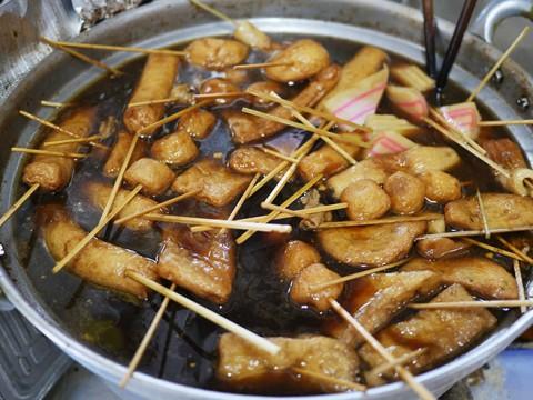 子供よりオトナが喜ぶ「駄菓子屋の静岡おでん」を堪能 / すいのや