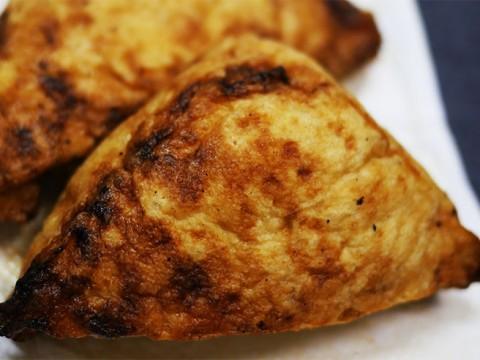 世にも珍しい「焼きいなり寿司」に衝撃を受ける / 守岡さんちの焼きいなり / 加賀守岡屋