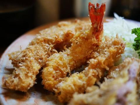 二度と食べられなくなる「盛合せフライ定食」が美味い / 2016年9月28日に閉店する秋葉原の定食屋「冨貴」
