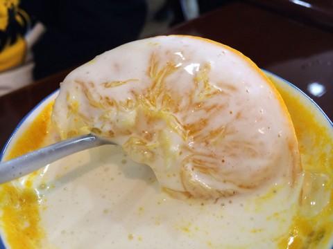 フルーツパーラーならではのアイデアが光るホットオレンジ / 東京都北区赤羽のプチモンド