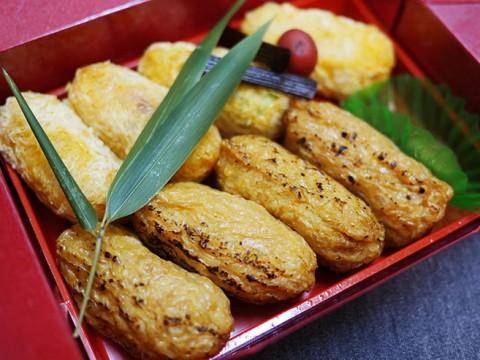 おそらく日本でいちばん上品ないなり寿司 / 一口いなりの銀座「白金や」(ぷらちなや)