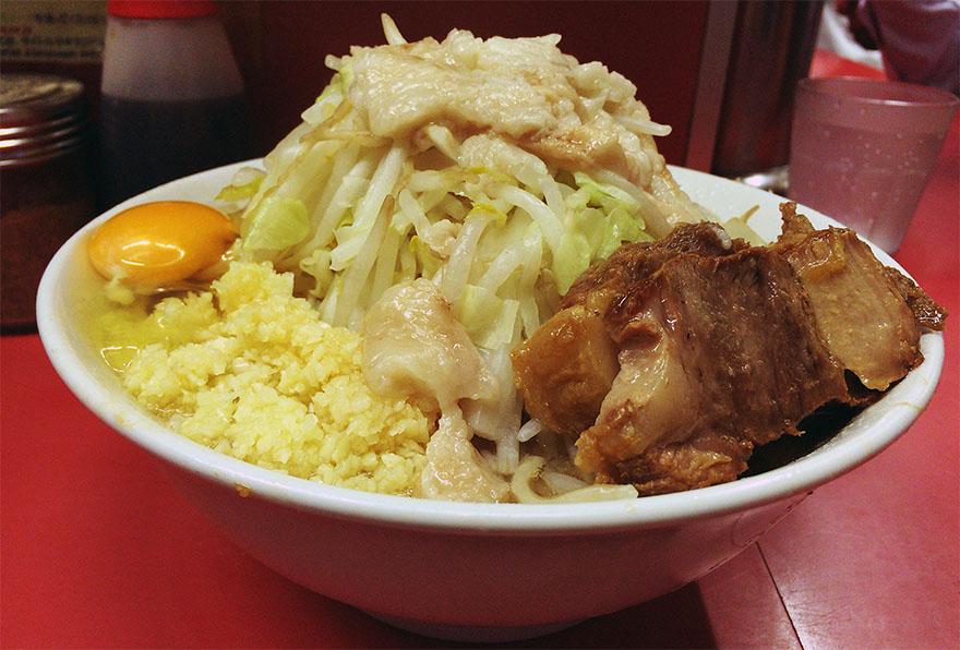 ramen-jiro-sakuradai-ekimae3