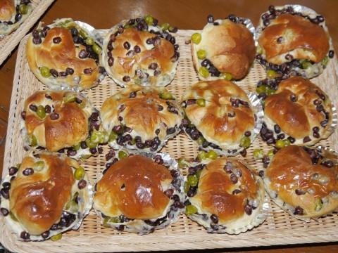 桃太郎電鉄に登場する「熱海の豆パン屋」は実在した! 豆パンがビックリするぐらいウマイ / ナチュラル
