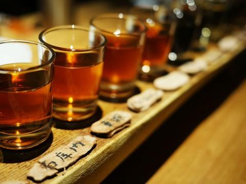 究極の紹興酒17種類を一気に堪能できる「超級キキ酒」が美味 / 黒猫夜 銀座店