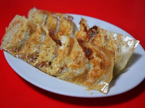 気がつくと二度も三度も追加注文している極上のエビ焼き餃子 / 中国家庭料理大連