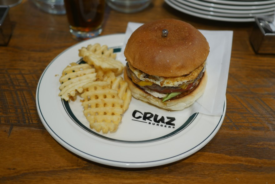cruz-burgers3