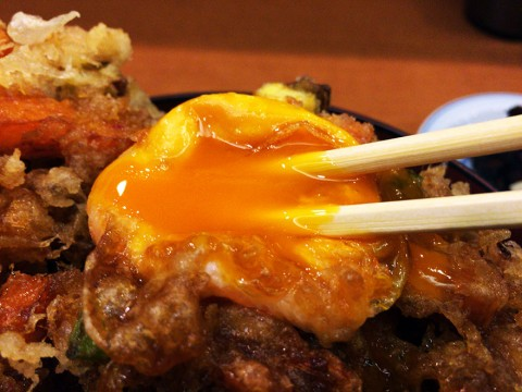 銀座の天ぷら専門店て食べる「半熟卵のランチかき揚げ丼」が濃厚すぎる件 / 天ぷら阿部