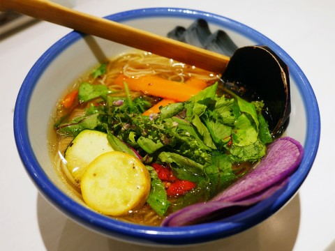 AFURIが開発した植物性食材100%のラーメンが美しい件 / 彩り野菜のヴィーガンらーめん