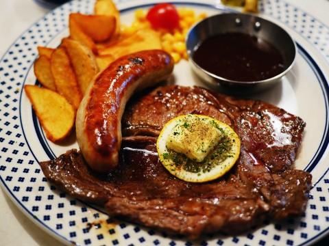ステーキが食べられるカフェで美味しいコーヒーと肉を食べる / 肉が旨いカフェ NICK STOCK 渋谷道玄坂