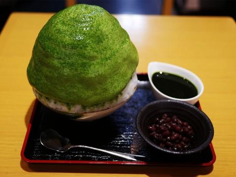 【極上】下北沢でもっともこだわりがあるカキ氷 / しもきた茶苑大山の「抹茶のエスプーマ微糖抹茶」