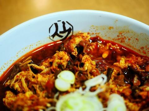 冷麺の聖地「平壌冷麺食道園」で食べる裏メニュー・ユッケジャンクッパが美味しい理由