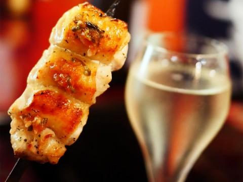 【希少グルメ】世界初の日本酒スパークリングマシンで飲む魅惑の炭酸日本酒 / 地酒一献 米の花