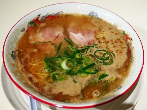 【希少グルメ】深夜しか営業していない伝説の「八ちゃんラーメン」が横浜に上陸