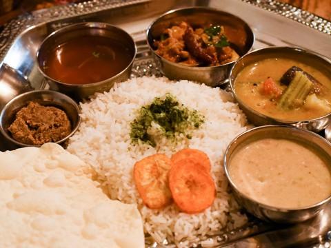 【桜新町】美味しい本格南インド料理と、センス溢れる空間が魅力「砂の岬」