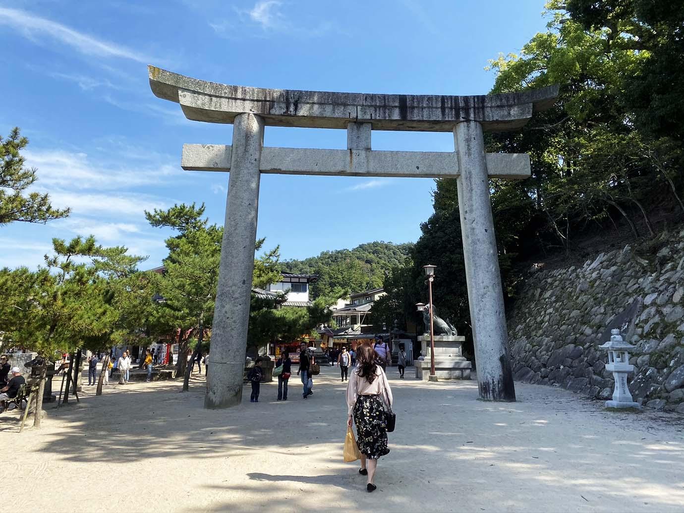 itsukushima-hiroshima-kaki4