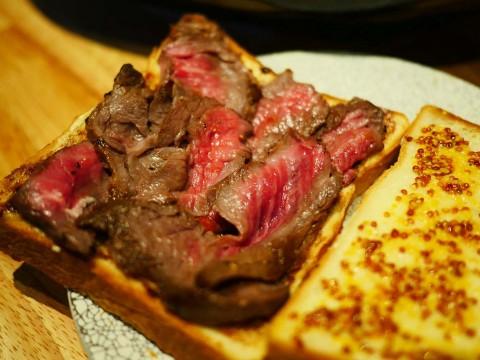 伝説の料理店が「糧亭 銀座魚勝」として再誕 / 尾崎牛のローストビーフサンドが魅惑的ウマさ