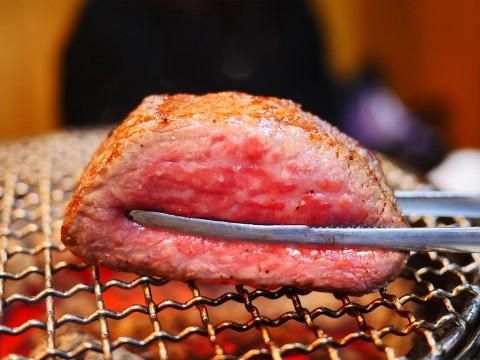 【極上グルメ】極上のロースをレアで食べたいならば正泰苑は正しい選択