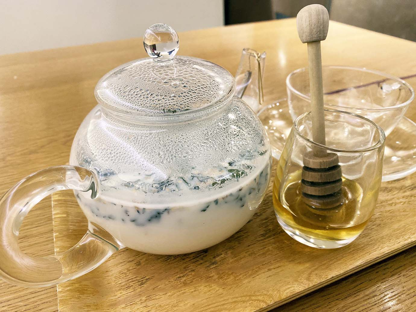 tea-with-milk-and-herbs4