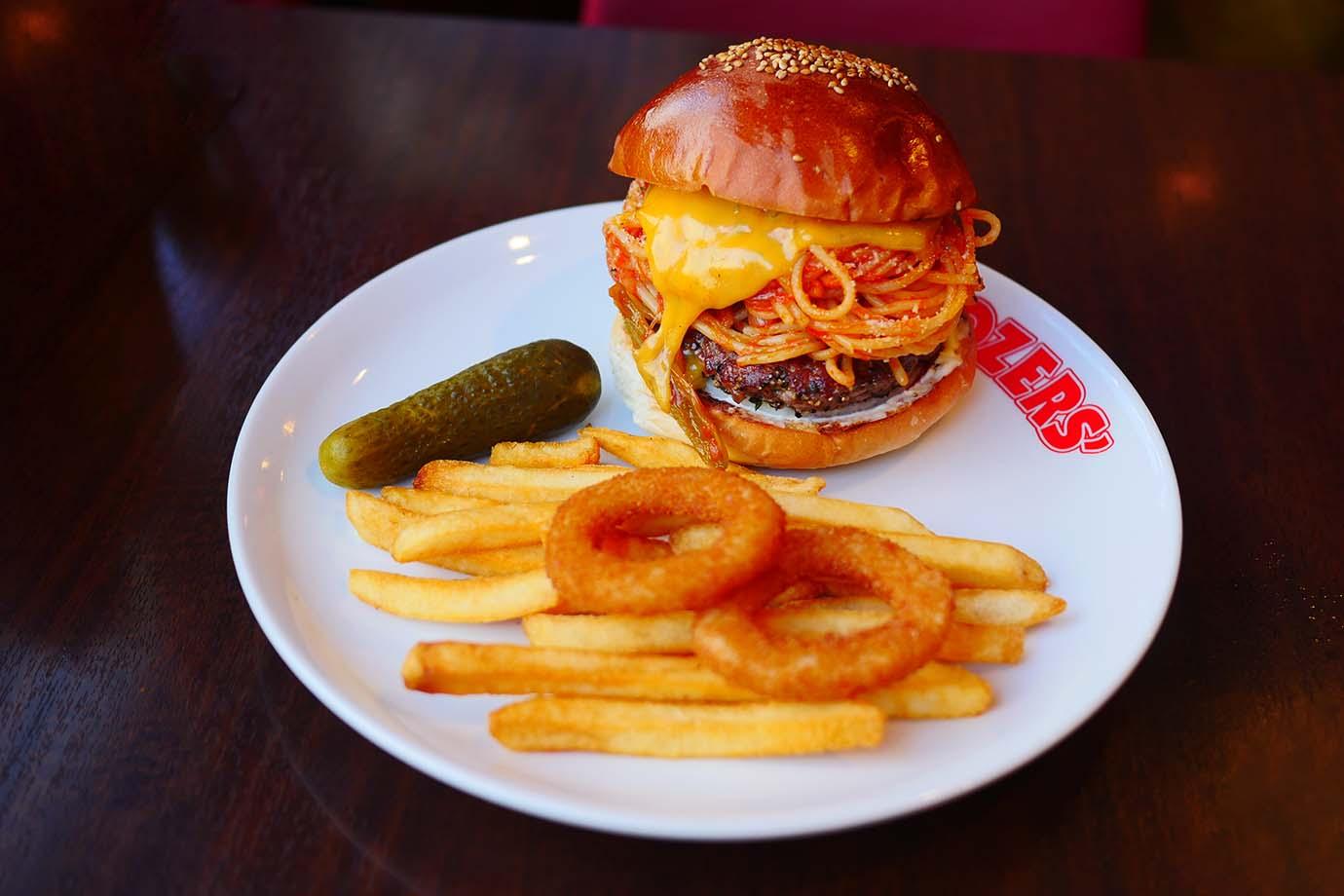 brozers-tomato-spaghetti-burger1