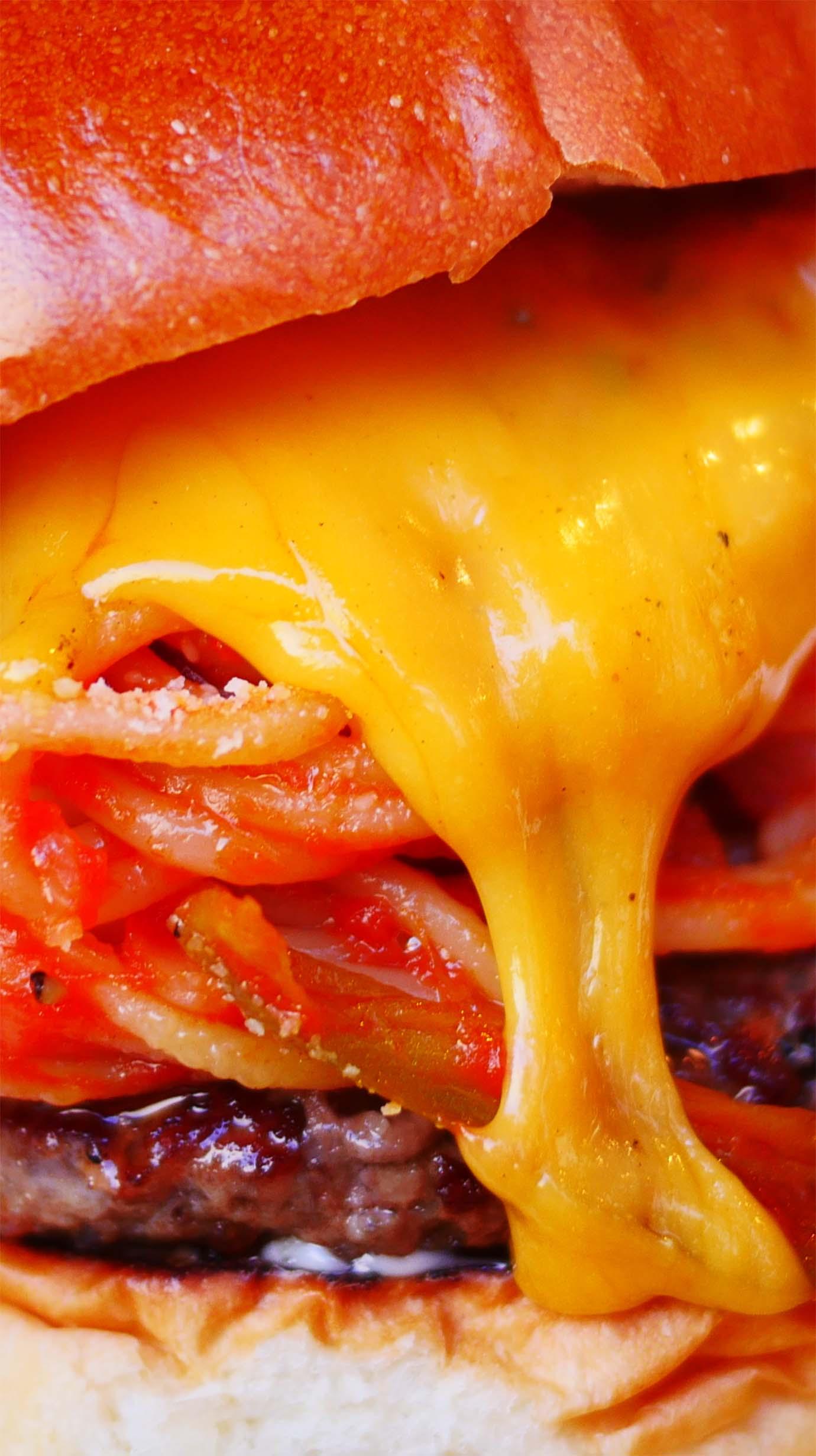 brozers-tomato-spaghetti-burger3