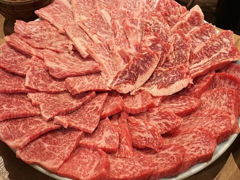 リッチで安全で肉厚な牛肉をレアで食べる焼肉屋「ここからR」が美味いんだが