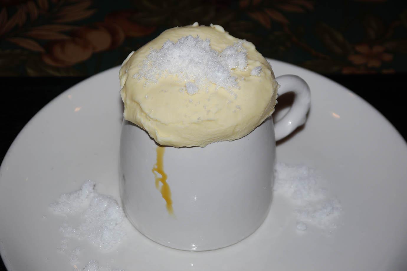 burning-ice-cream-yakigouri1