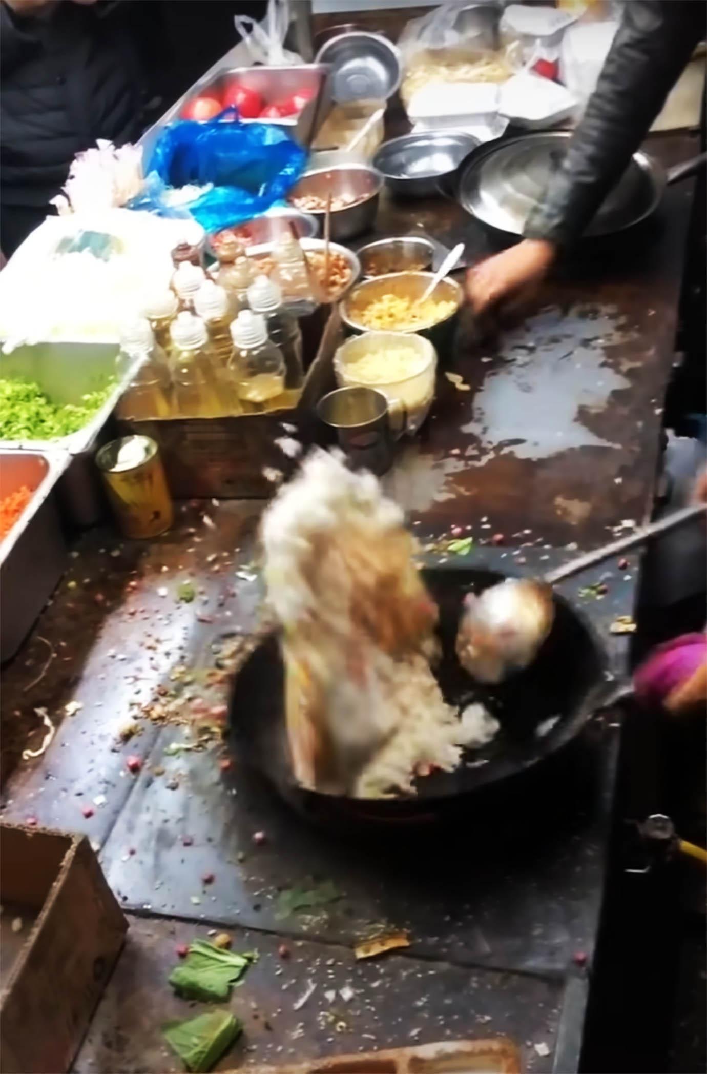 china-yakimeshi4