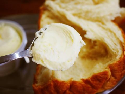 【超グルメ】バターがウマくなる食パンの極めつけ「しんけんパン」がウマイんだよ